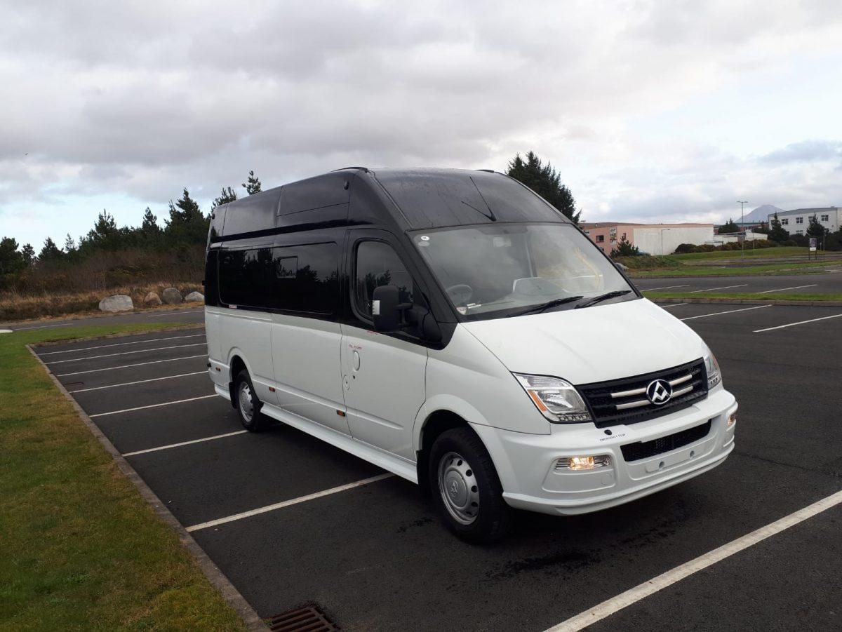 LDV V80 LWB Minibus