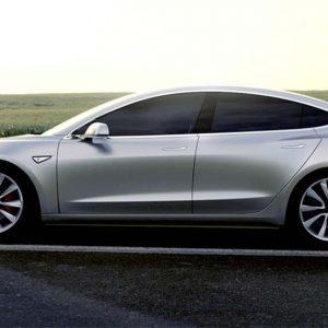Tesla Model 3 Saloon Stansdard Plus 4 Door Auto